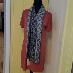 Michael Kors scarf gray